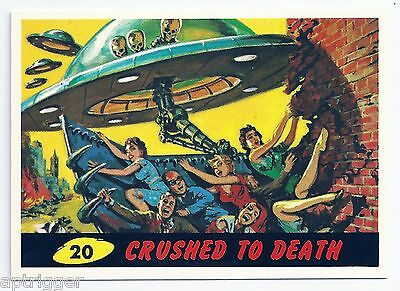 1994 Topps MARS ATTACKS Base Card # 20 Crushed To Death