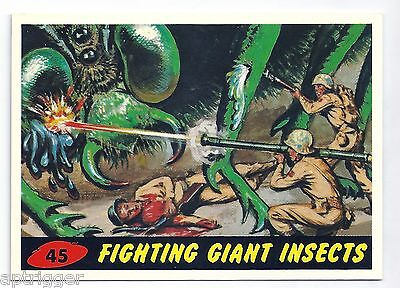 1994 Topps MARS ATTACKS Base Card # 45 Fighting Giant Insects