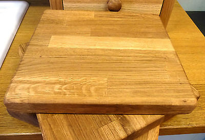 Medium Solid Oak Oiled Chopping board - Handmade In Devon - 100% Solid Wood