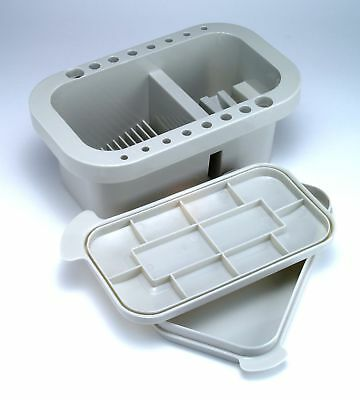 Artists Brush Holder Tub Rectangle With Integrated Palette In Lid (1.2 Litres)