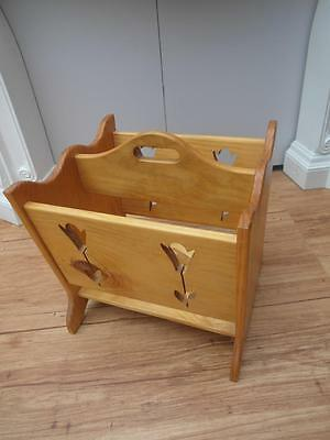 Large SOLID Timber MAGAZINE Rack WOOL Craft HOLDER with TULIP Cut outs QZZQ S.A