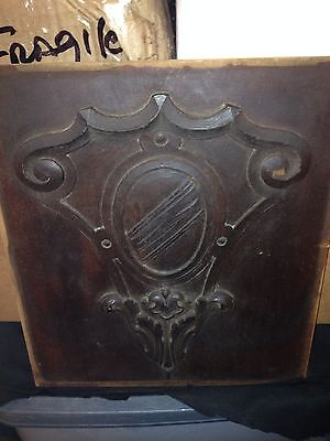 "1930's 15 5/8"" Craved Wood Pediment Panel W/ Family Crest"