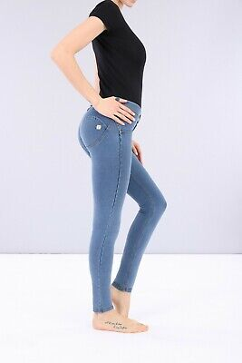 Freddy Wr.up® Shaping Effect Pant - Low Waist - Skinny Fit - Light Blue Denim