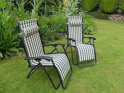Garden Chair - Set of 2 Padded Green Check Sun Lounger Recliner Chairs