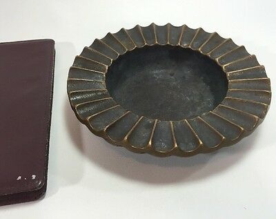 "ANTIQUE ART DECO Heavy 5.6"" SMALL ROUND SOLID BRASS ASHTRAY VINTAGE RIBBED"