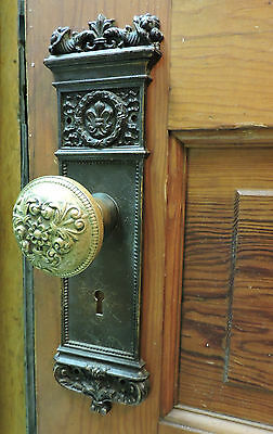 Fabulous Ornate Antique Brass Victorian Entry Door Knob Set + Back Plates + Lock