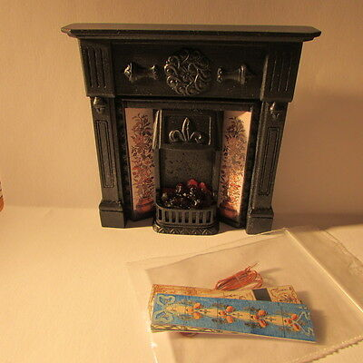 Fireplace and surround~Dolls House miniature~1/12 scale~