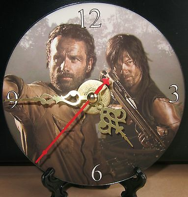New The Walking Dead Rick Grimes Daryl Dixon CD Clock Horror Zombies Nice!!