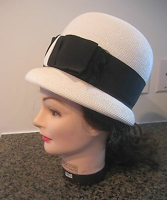 Vintage 1960s Ladies Cloche Hat Jackie Kennedy STYLE with ribbon size M White