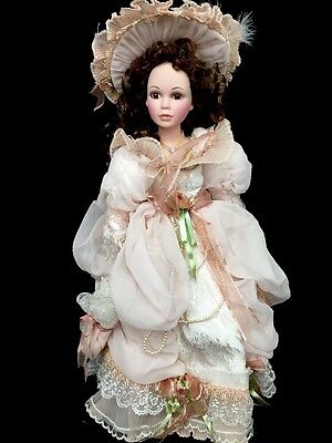 Show-Stoppers Charming Sweethearts Porcelain And Cloth Collectible Doll Peach