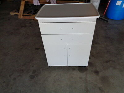 Midmark Mobile Cabinet 18 X 24
