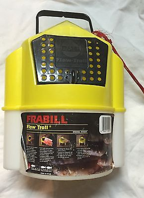 Frabill Flow-Troll Model 4501 Minnow Shrimp Bait Bucket in Excellent Condition!