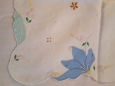 "Floral white Madeira applique embroidered linen tablecloth 32"" square vtg"