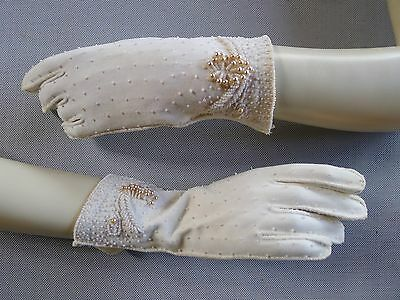 Vintage retro 40s 6.5 cotton white beaded wrist gloves pearls very good