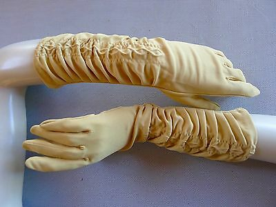 Vintage retro 50s 6 1/2 gloves mid length gold mustard very good