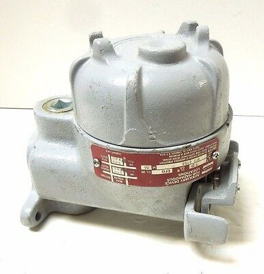 Crouse Hinds Ofc 2165 Manual Motor Starter Switch Exp Proof 600 Vac <249C2