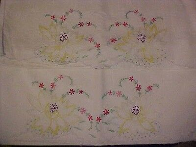 Vintage Embroidered Pillowcases w/ Light Yellow Water Lilies