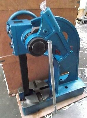3 Ton Ratchet Type Arbor Press **new**