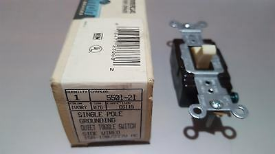 Leviton	5501-2I	Single Pole Grounding Quiet Toggle Switch Side Wired 15A 120/277