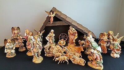 """Fontanini Nativity Set With Angels  - 7"""" Scale - 23 Pieces + Stable, Vintage Set"""