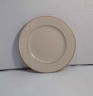 Vintage Shenango China USA Beige Dinner Plate Ribbed Edge w/ Gold Accent Rim 10""