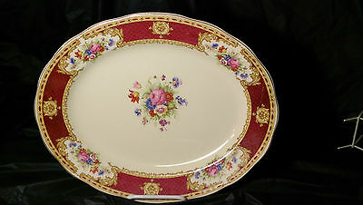"Wedgwood Vincent 13 7/8"" Oval Serving Platter - Very Good Condition"