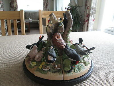 """BIRDS OF THE FOREST"" LARGE CENTRE PIECE ON A ROTATING BASE by DANBURY MINT"