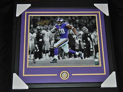NEW FRAMED Adrian Peterson Autographed Spotlight Photo 16x20 JSA Witnessed