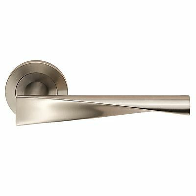 Carlisle Brass - SWL1122SSS - Eurospec Steelworx SWL Brema Lever on Rose (SET)