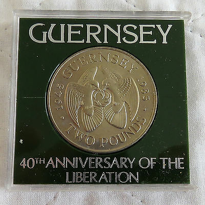 GUERNSEY 1985 40th ANNIVERSARY OF LIBERATION UNC £2 CROWN - cased