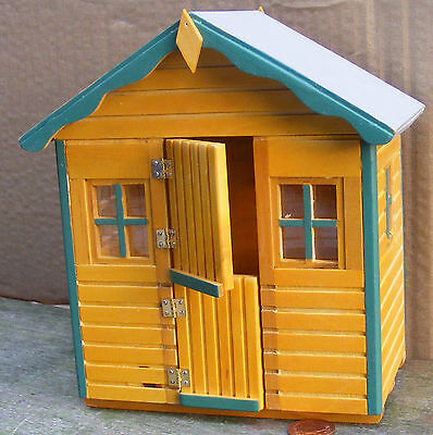 1:12 Scale Dolls House Miniature Playhouse DH521 Garden Play Shed Accessory