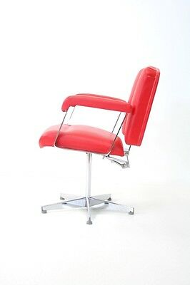 Superb Red And Chrome Vintage Barbers Chair