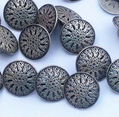 """lot 16 Pierced fancy floral Silver METAL new vintage small set buttons 7/16"""""""