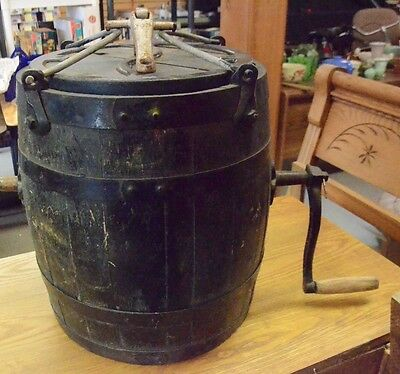 Vintage Americana STAR BUTTER CHURN complete (AB85)