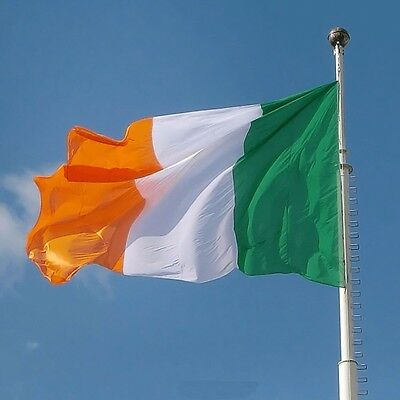 Flying wave 60*90cm Eire Banner Erin bratach na hEireann national flag Ireland