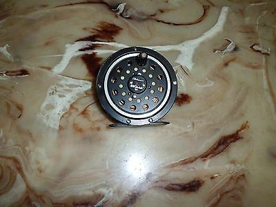 Vintage Shakespeare Sigma 94 Single Action Fly Reel made in USA
