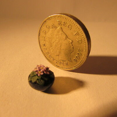 African violet ~ 1/24th scale ~ Dollhouse miniature plant