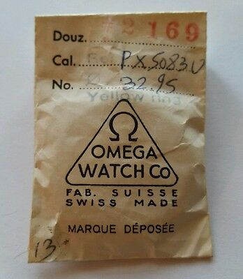 Omega crystal yellow gold ring 32.95 mm 2169 vintage Wrist Watch Part T3