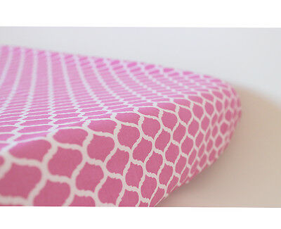 GOOSEBERRY Fitted Change Mat Pad Table Cover Cotton Pink Quatrefoil