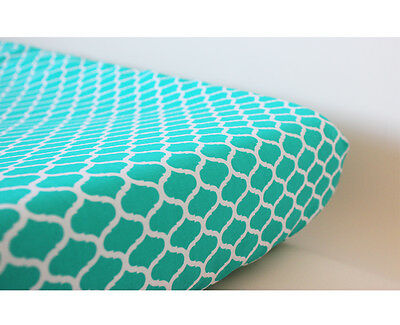GOOSEBERRY Fitted Change Mat Pad Table Cover Cotton Green Turquoise Quatrefoil