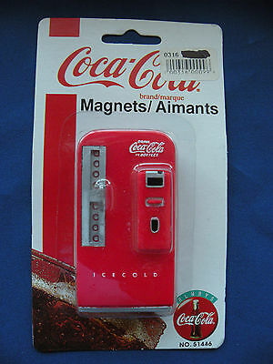 Coca-Cola Magnet 1997 old style coke machine No. 51446 orginial package