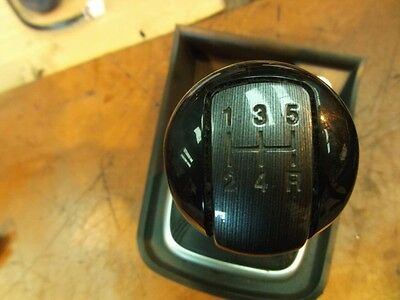 2010 Chevrolet Captiva 2.0 Vcdi Diesel Gear Stick Gaiter Gear Knob 5-Speed