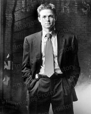 8x10 Print Eric Close Without a Trace 2002 #2016727