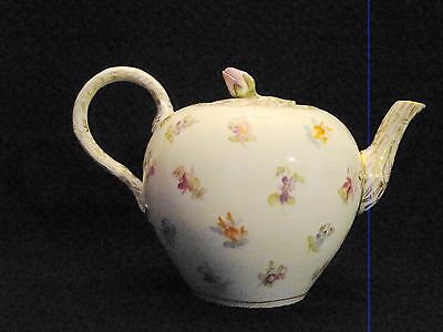 Antique Meissen Porcelain Hand Painted Scattered Flowers Teapot & Cover 1850-88