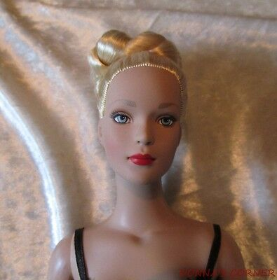 Tonner Tyler Wentworth Glamour Blonde In Black Teddy~ Sophisticated Updo