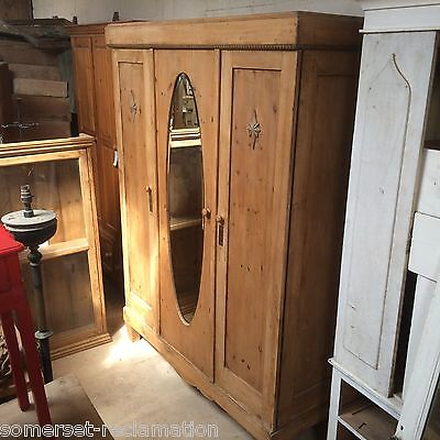 Reclaimed Old Pine Triple Knockdown Collapsible Wardrobe