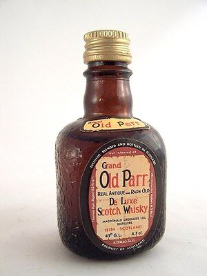 Miniature circa 1976 GRAND OLD PARR Scotch Whisky Isle of Wine