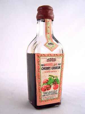 Miniature circa 1969 KORD MORELLA CHERRY Liqueur Isle of Wine