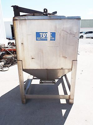Hoover Univeral Tote 325 Gallon Stainless Tank 42 X 48 X 70 Overall (Used)