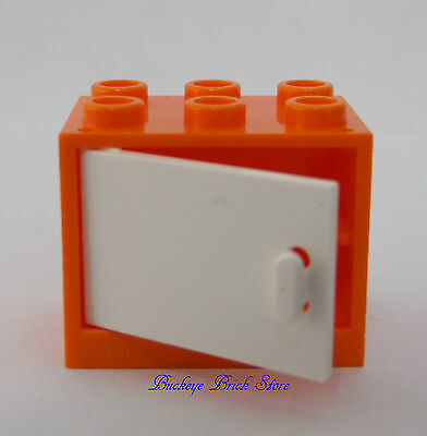 House City Town Double #z Lego Minifig ~ Lot Of 2 White Door w//Black Frame 1x4